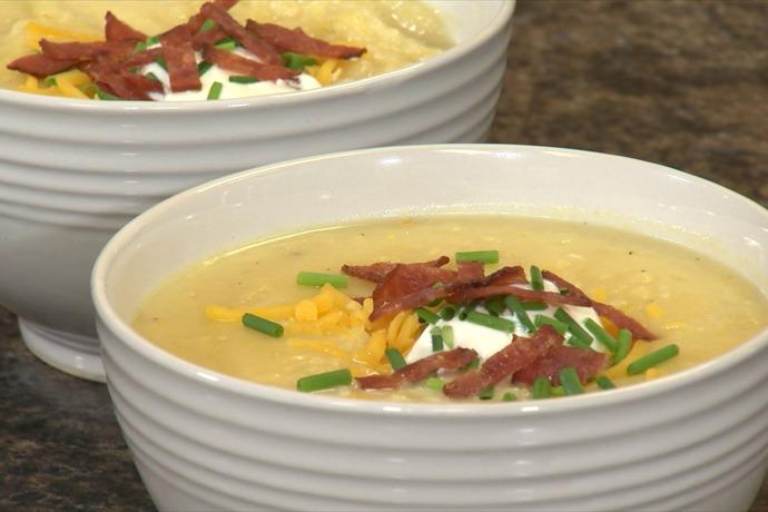 Crockpot Loaded Baked Potato Soup _2493965354128589991