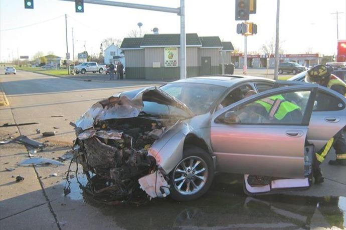oshkosh crash_7918953976930126550