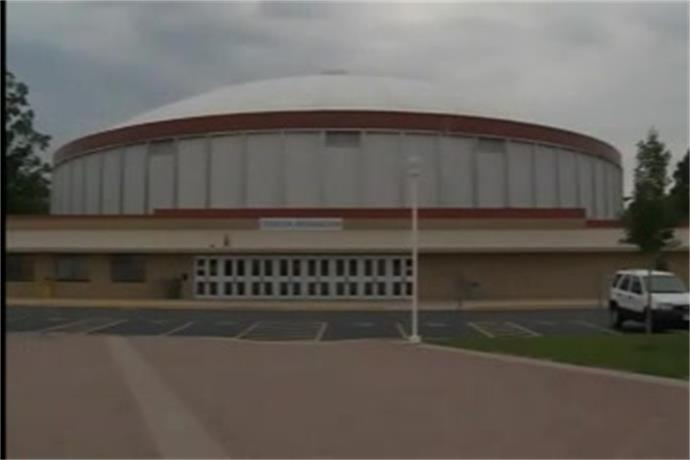 Committee debates future of Brown County Arena_-5747113985427750296