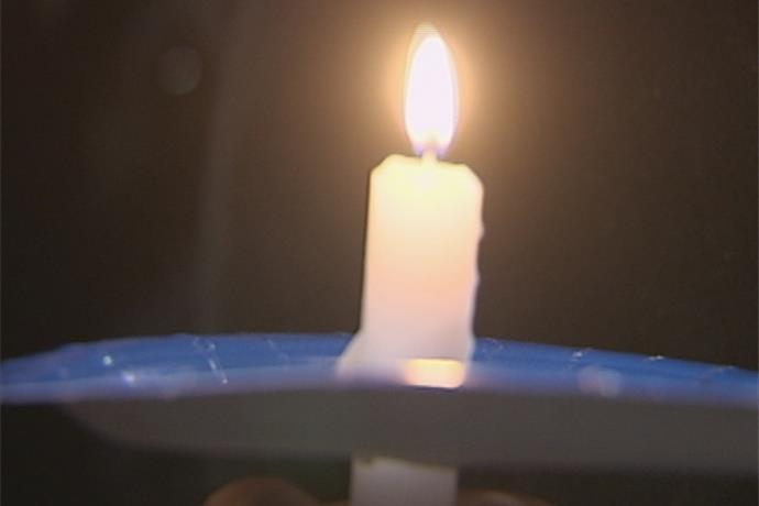 Candle Light Vigil Held for Peshtigo Woman_-2008395485427773501