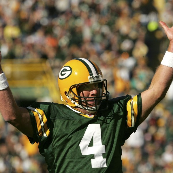 Favre to be enshrined in Hall of Fame