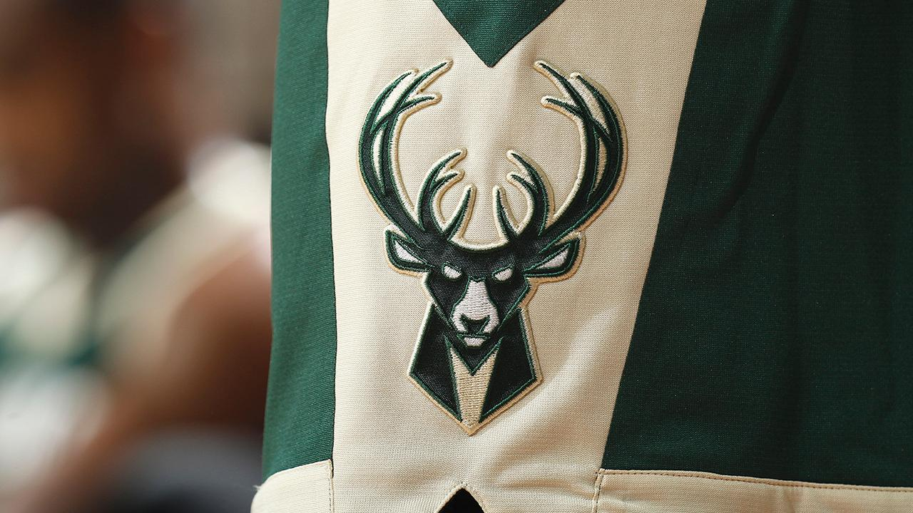Bucks employee leaks players- finances due to email scam_64567052-159532