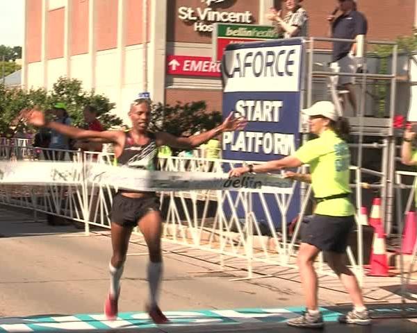Keflezighi- Gesabwa win men and women-s Bellin Run 10 K_28485933-159532