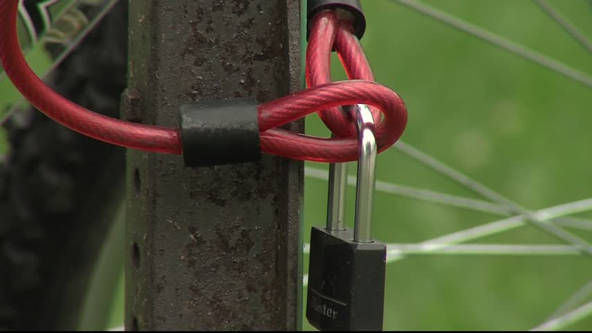 Bike theft up in Green Bay_24642194-159532