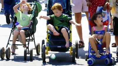 Kids-in-strollers-jpg_20160817055202-159532