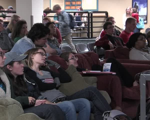 St- Norbert students watch first presidential debate_06336363-159532
