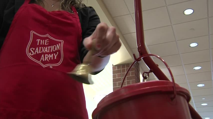 Salvation Army Red Kettle_81775857-159532