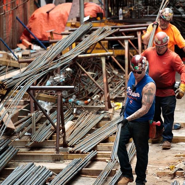 Construction workers on jobsite-159532.jpg81408897