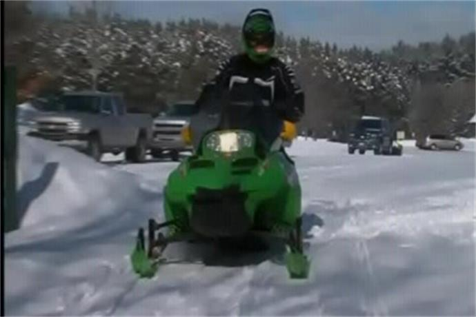 Heavy snow welcomed by area snowmobilers_-7050702149366495577