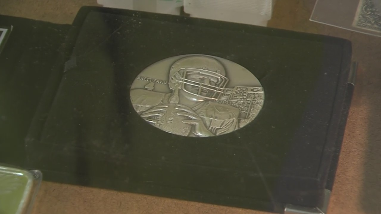 Coin sellers and collectors had the chance to make some extra cash today.