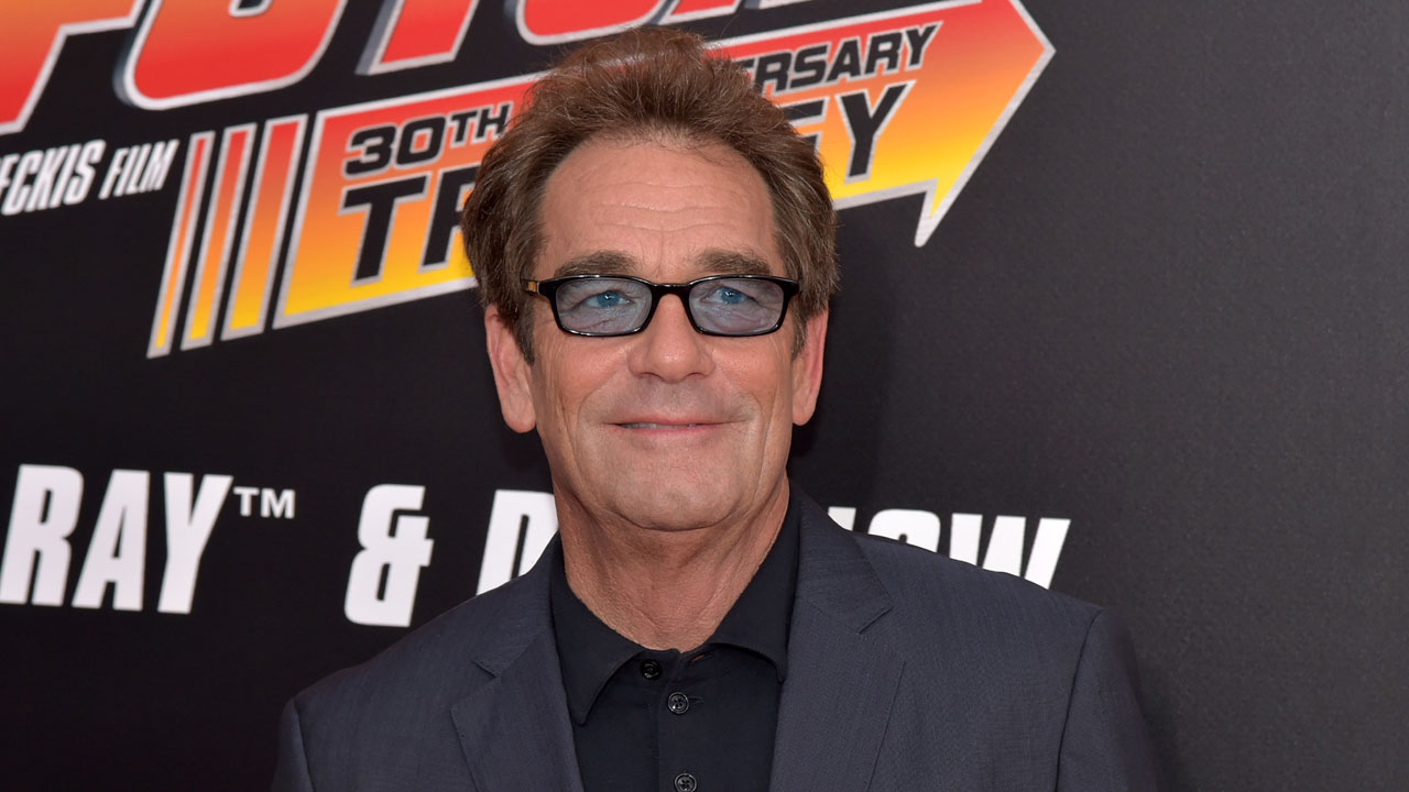 Huey Lewis, October 201556589936-159532