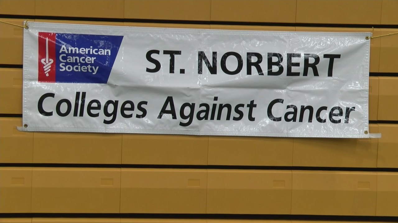 St. Norbert College hosts Relay For Life event