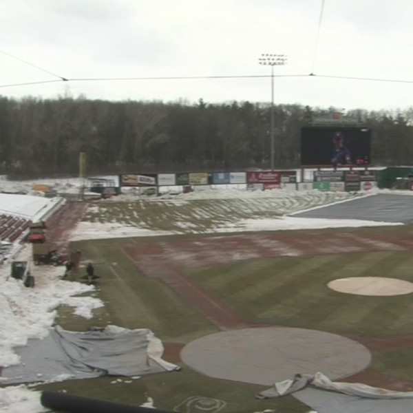 Timber Rattlers hope for warmer weather