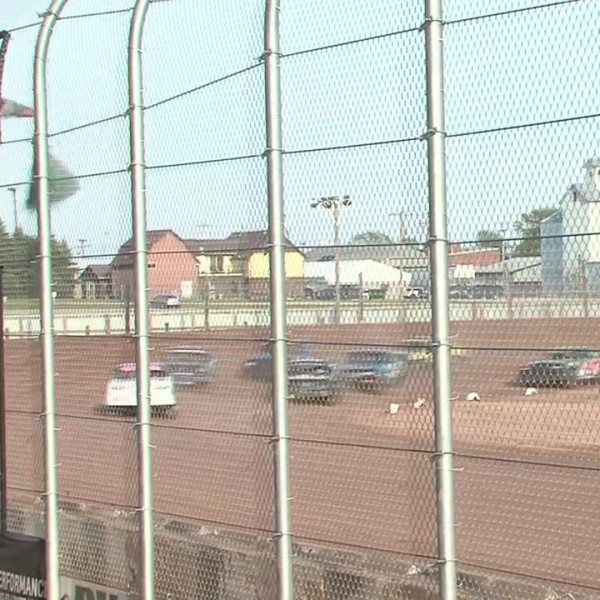 Luxemburg speedway opens for the season