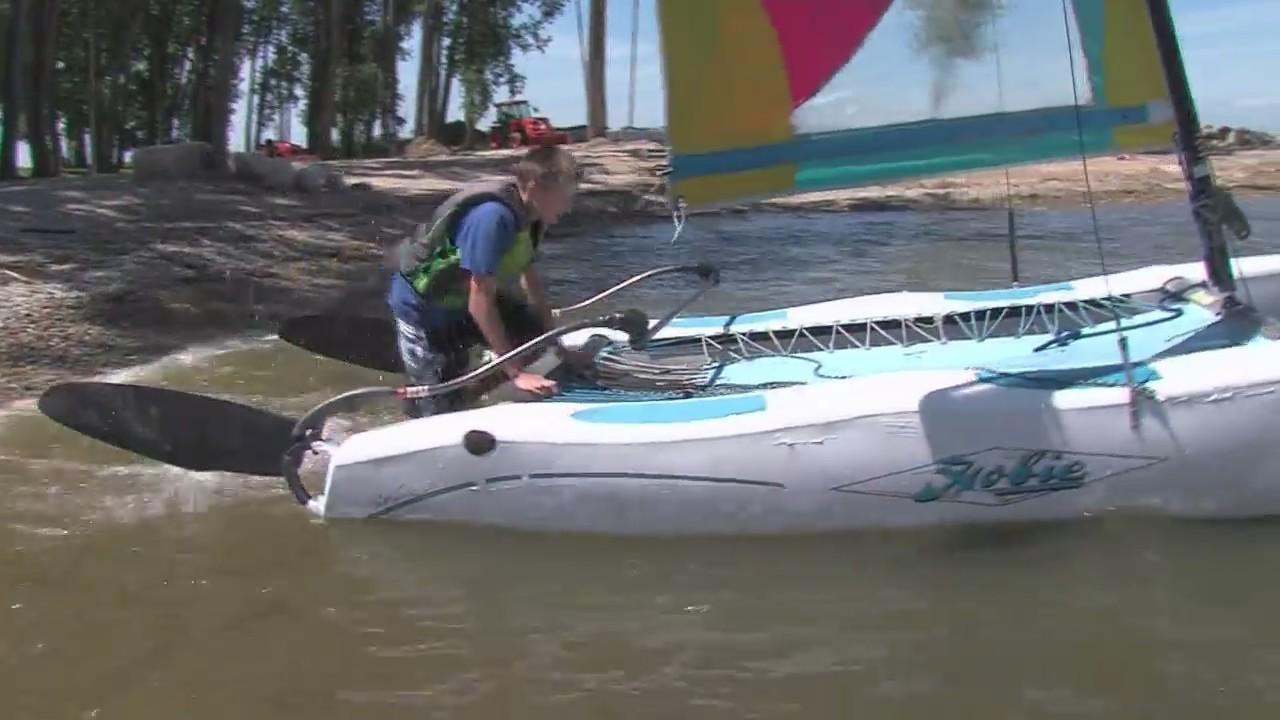 Sailors compete in Hobie Wave Regatta