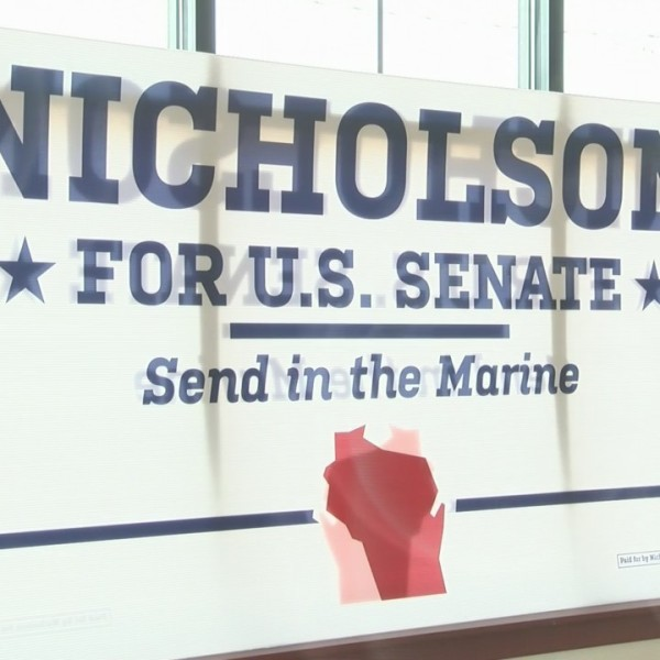 U.S. Senate Candidate Kevin Nicholson Campaigns in Fox Cities
