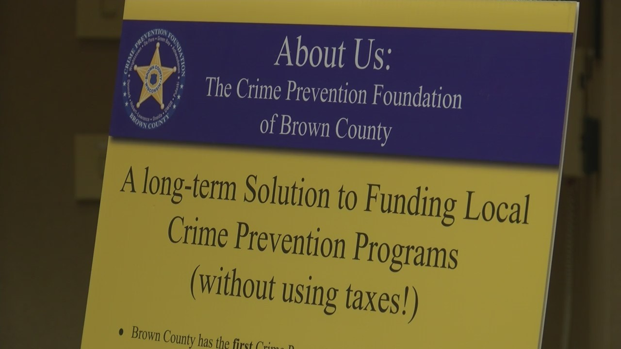 Crime_Prevention_Foundation_Gives_Grants_0_20180926230811