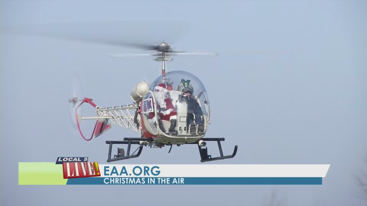 Christmas in the Air at EAA