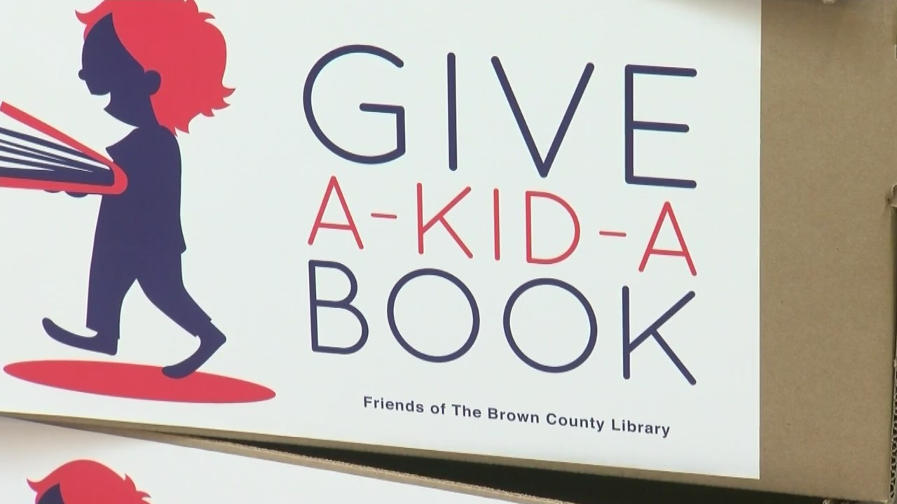 Give_a_Kid_a_Book_Campaign_Kicks_Off_in__0_20181109004527