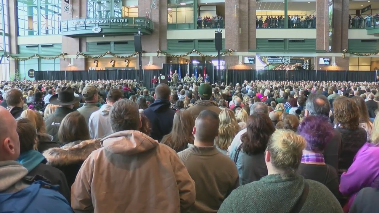 Wisconsin National Guard Receives Send-Off at Lambeau