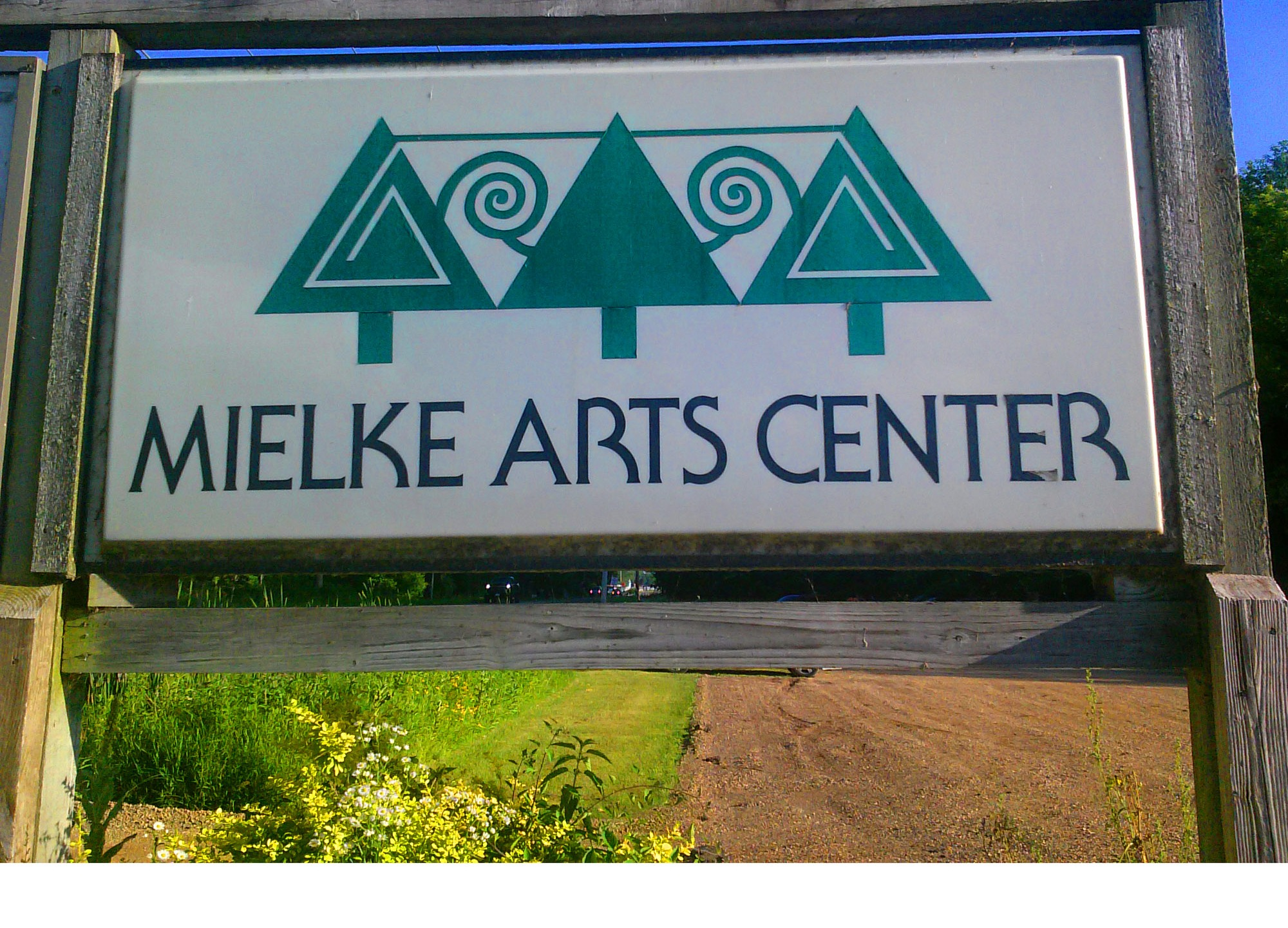 Mielke Arts Center sign_1546690146442.jpg.jpg