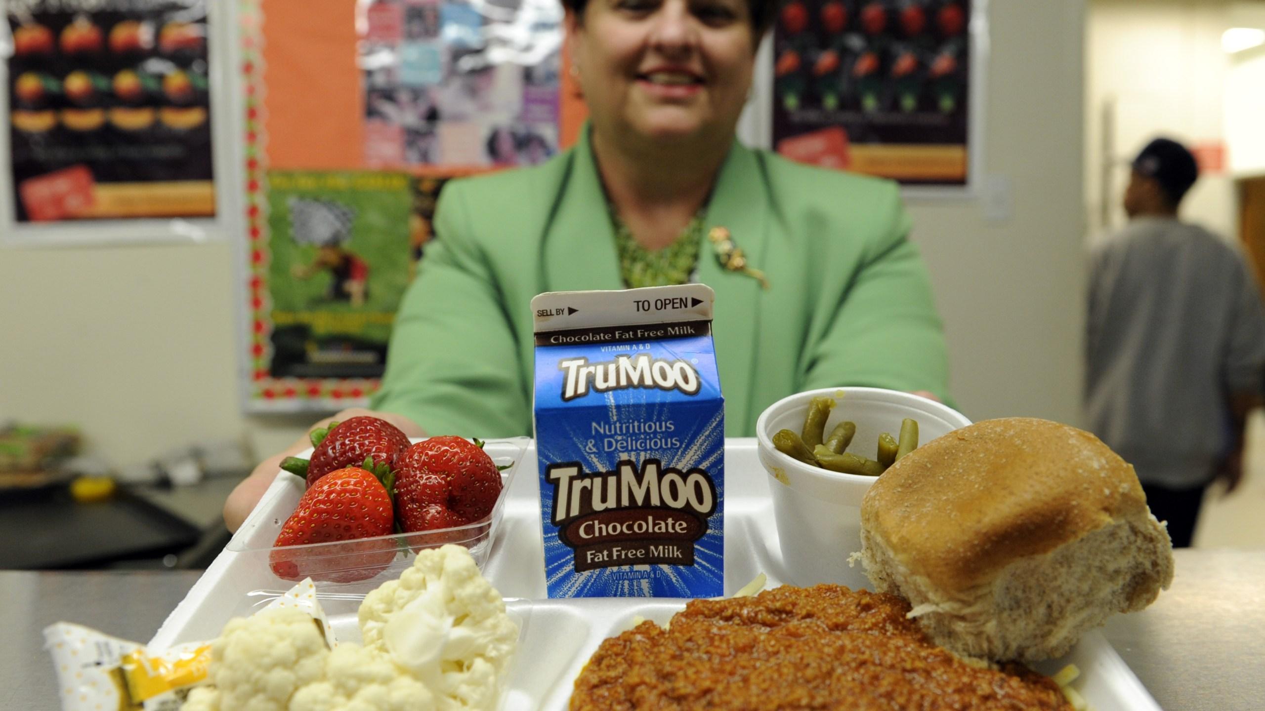 Healthier School Lunches_1550372474197