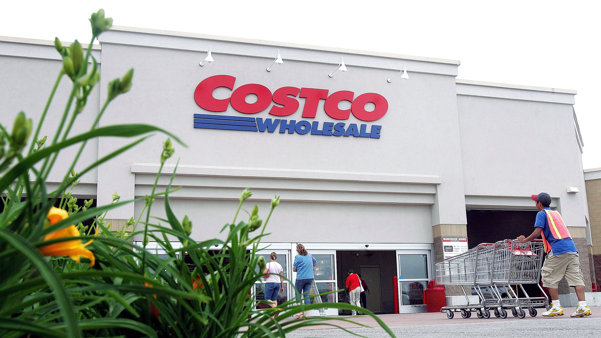 Costco wholesale club exterior-159532.jpg11950489
