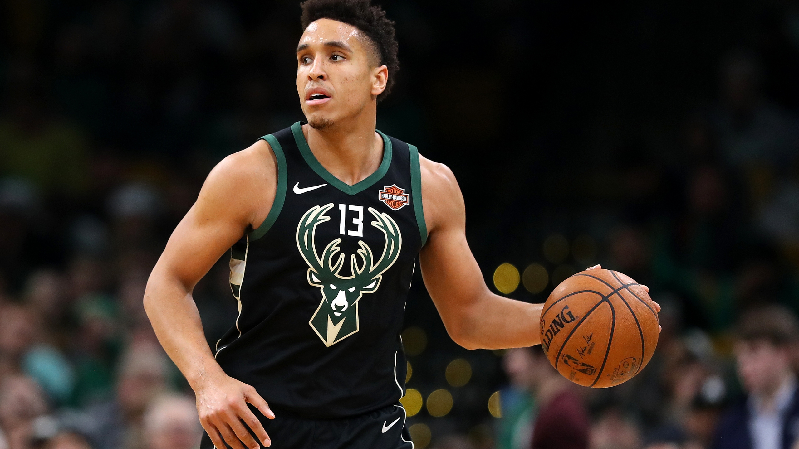 Malcolm Brogdon gets traded to Pacers