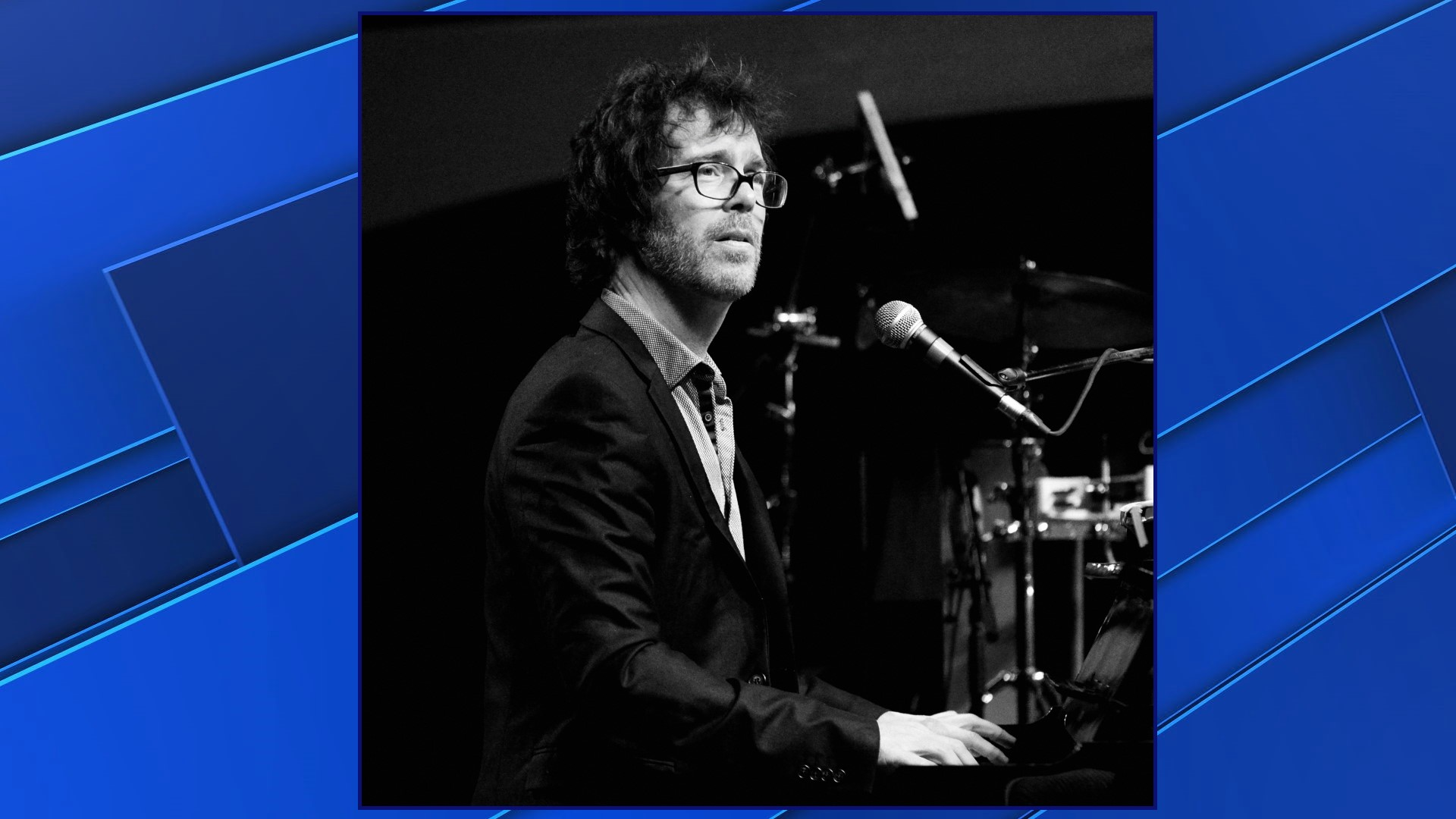 Ben Folds and a Piano coming to the Meyer Theatre