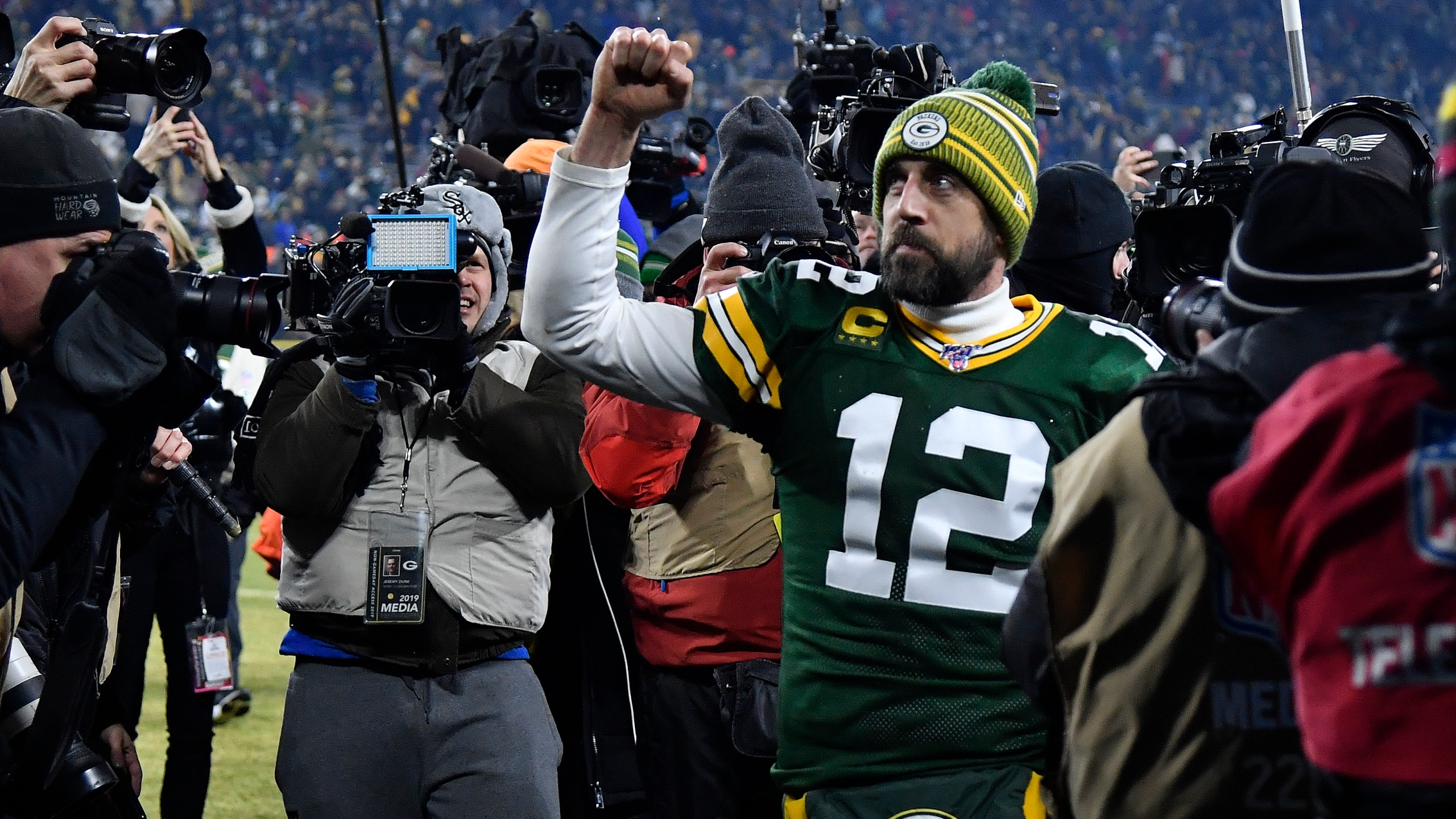Packers Rodgers Joins All In Challenge Shows Off Quarantine Beard Wfrv Local 5 Green Bay Appleton
